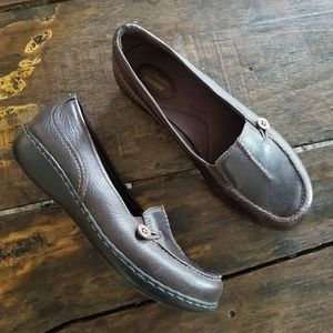 Clarks Brown Leather slip on flats